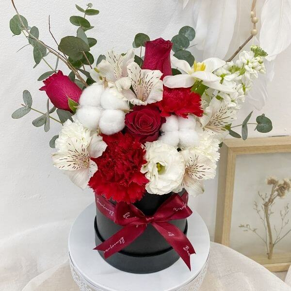 Deepest Affection Bloom Box (Petite)