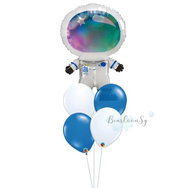 [Supershape] Iridescent Astronaut Balloon Bouquet