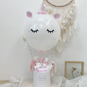 3D White Filled Unicorn Newborn Hamper